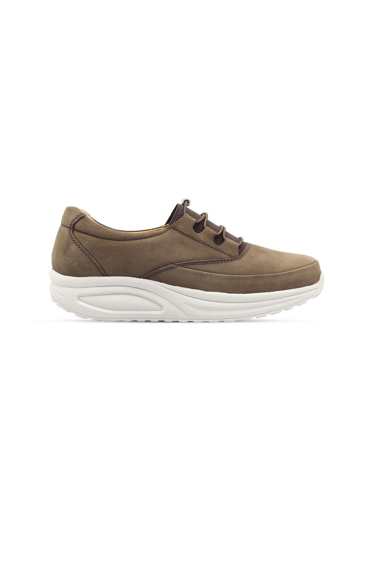 855 Nubuk Haki Kadın Yürüyüş Ayakkabısı